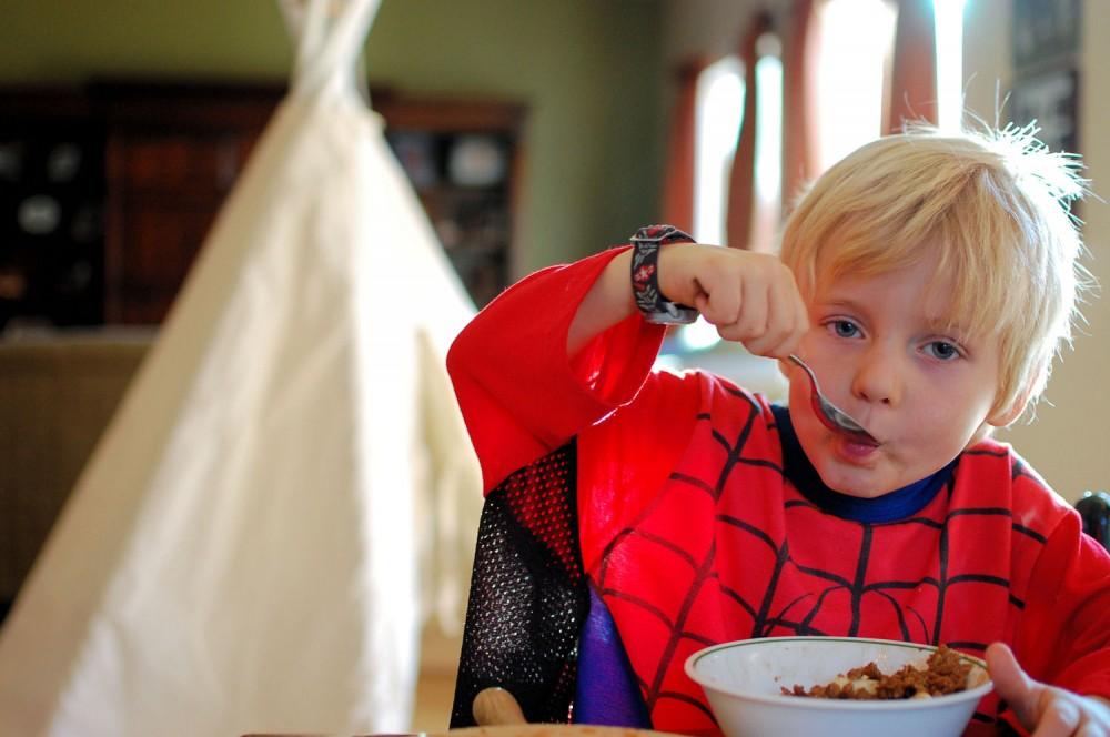Chocolate Peanut-Butter Oatmeal (GF/DF) <- Breakfast of superheroes